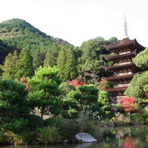 国宝 瑠璃光寺五重塔